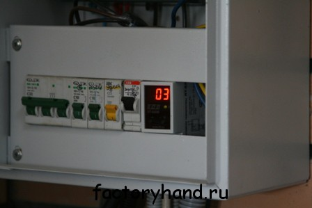 Терморегулятор электрический