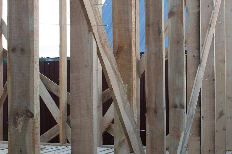Как изготовить стены каркасного дома