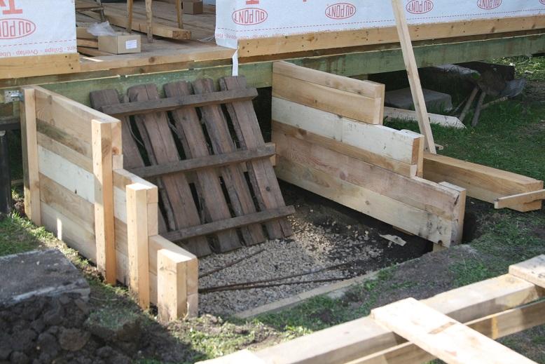 Изготовление опалубки бетонной лестницы