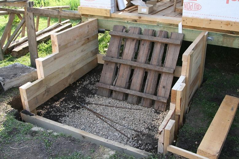 Изготовление опалубки для бетонной лестницы
